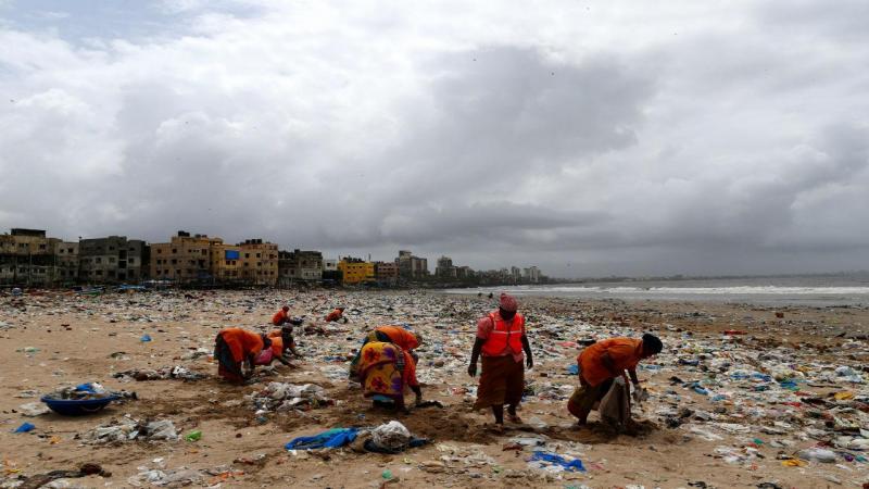 Praia de Versova foi limpa radicalmente