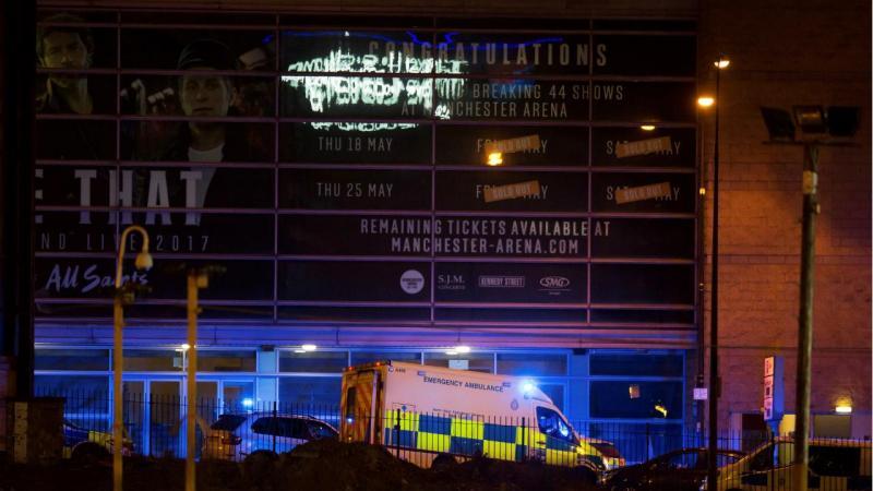 Vários mortos e feridos após explosão em concerto de Adriana Grande