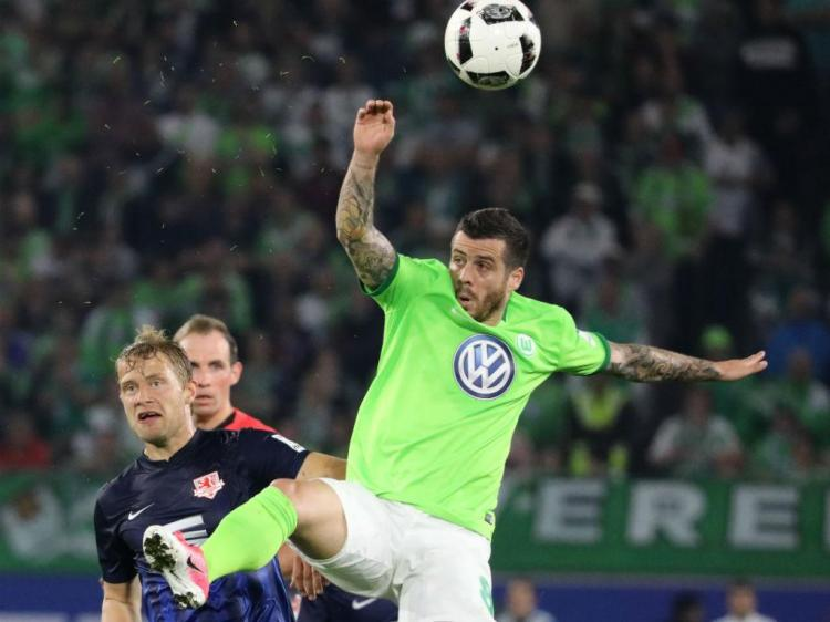 Alemanha: Wolfsburgo de Vieirinha ganha vantagem no play-off