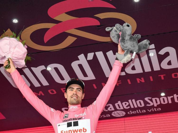 Giro: Van Garderen ganha etapa, Dumoulin segue de rosa