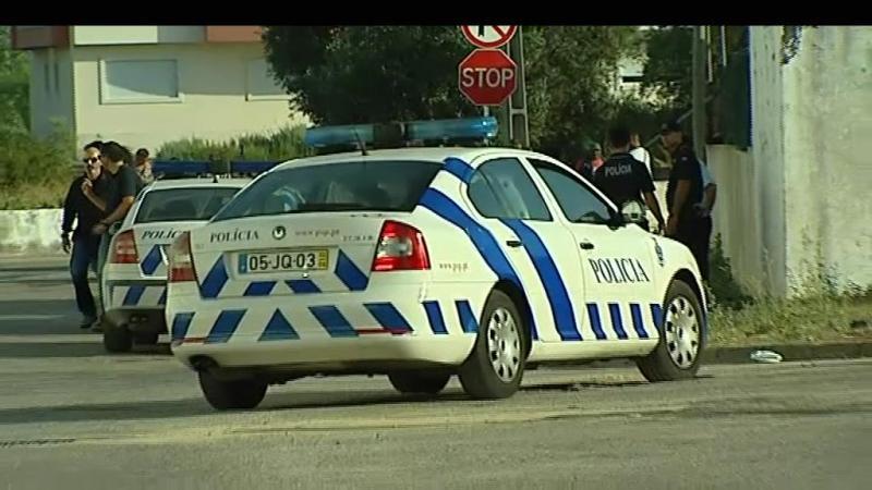 Agente da PSP baleado em bairro do Montijo