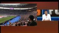 Stade de France a cantar Oasis na Imagem da Semana