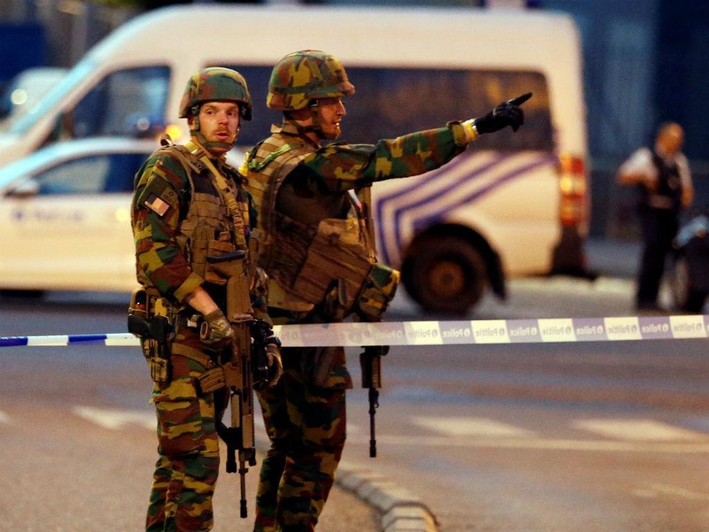 Estação central de Bruxelas evacuada após relatos de explosão