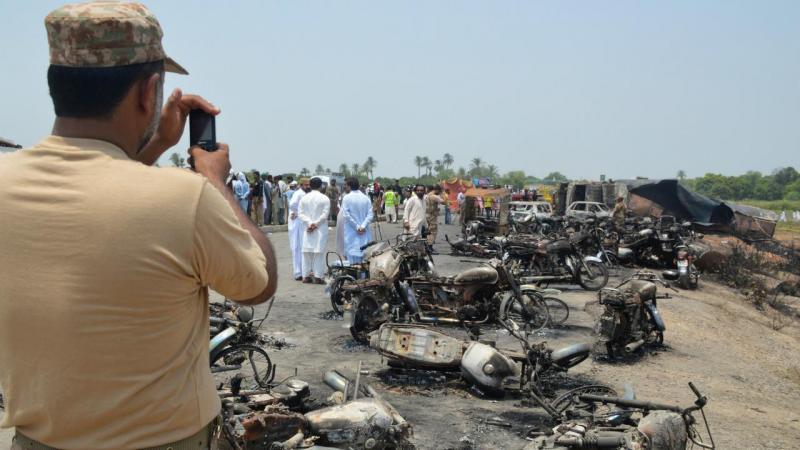 Incêndio no Paquistão