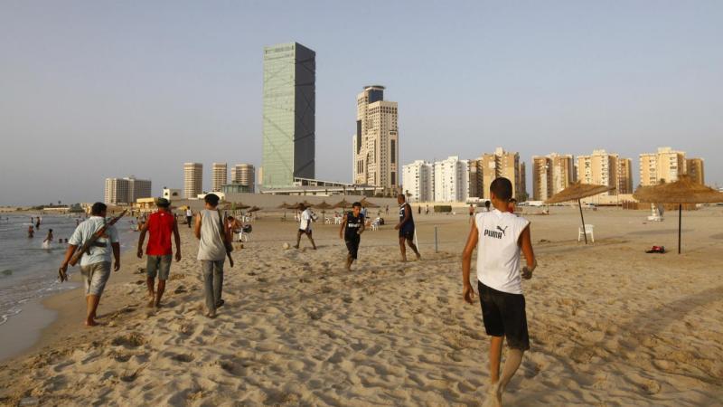 Praia em Tripoli, Líbia