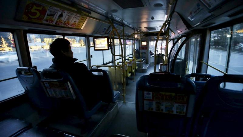Criança de 12 anos guia autocarro