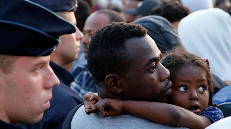 Foram expulsos 2 mil refúgiados, incluindo crianças