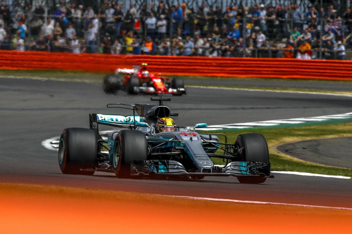 Lewis Hamilton vence GP da Grã-Bretanha