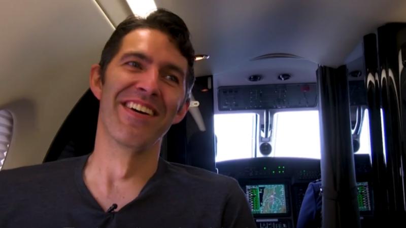 Curt von Badinski dentro do avião