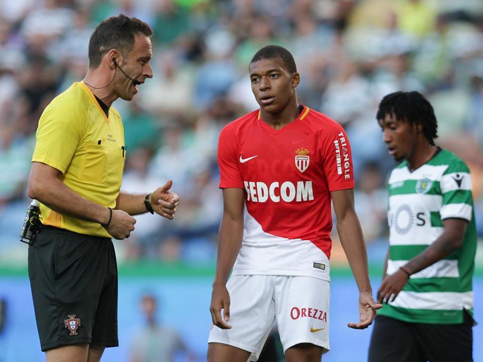 Mónaco: há propostas mas «nenhum acordo» por Mbappé