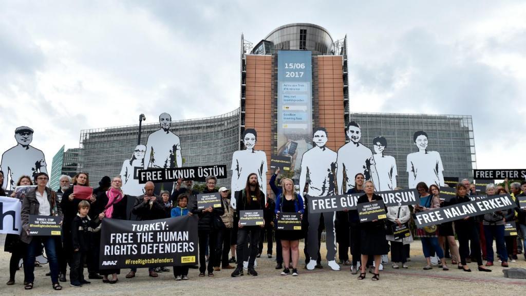 Protestos em Bruxelas contra detenção de ativistas de Direitos Humanos na Turquia