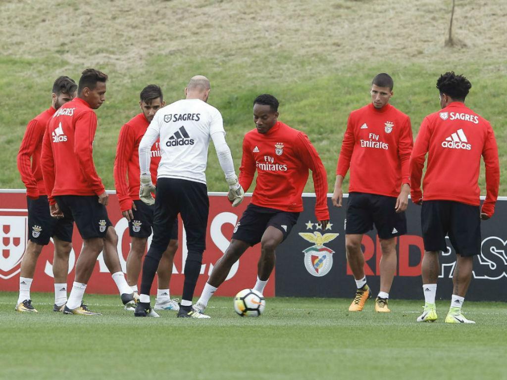 Carrillo já treinou em Inglaterra (foto SLB)