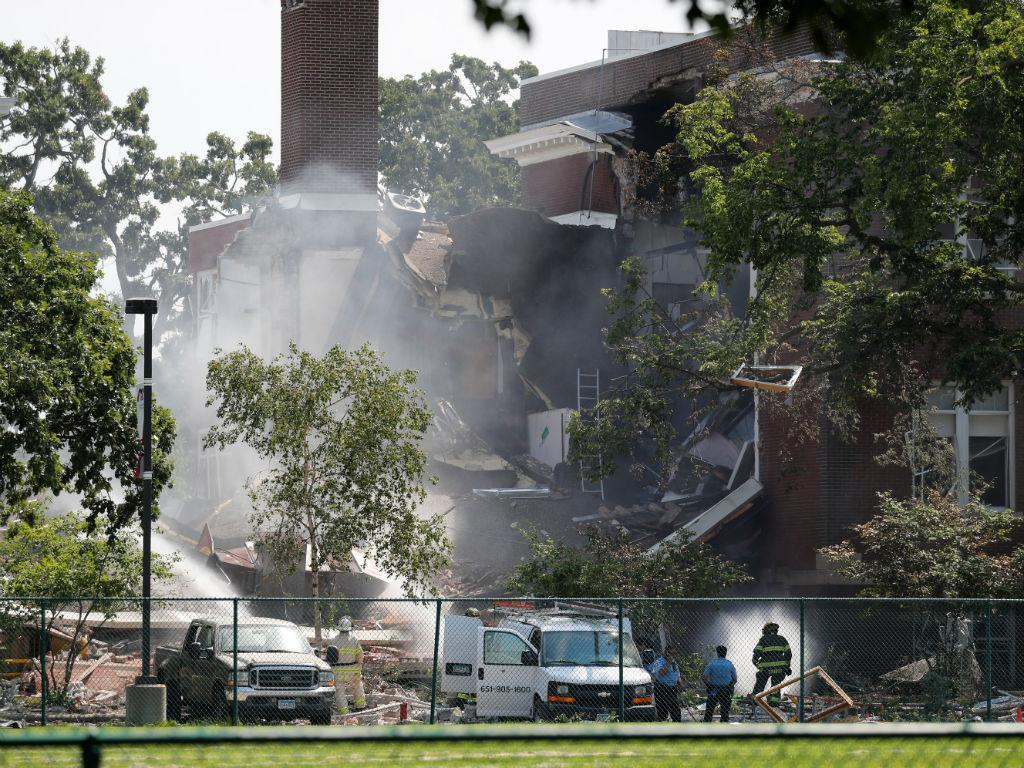 Explosão na Minnehaha Academy, em Mineápolis, EUA