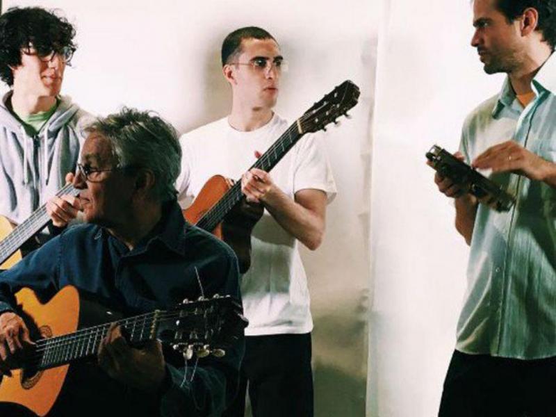 Caetano Veloso, com os filhos Moreno, Zeca e Tom