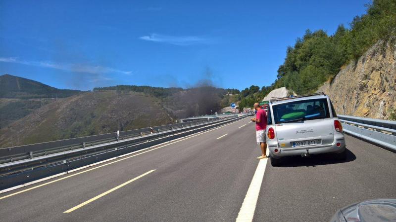 Carro em chamas no Túnel do Marão