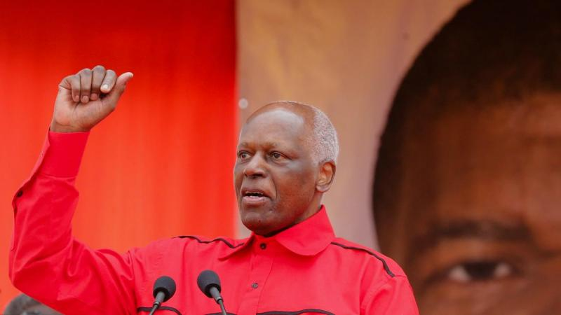 José Eduardo dos Santos no comício do MPLA a 19 de agosto de 2017