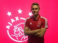 Matthijs de Ligt renovou com o Ajax