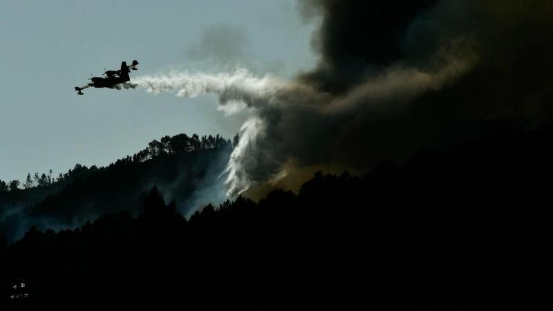 Capotamento de autotaque faz dois bombeiros feridos em Oleiros