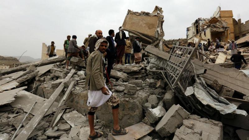 Pelo menos 12 mortos em bombardeamento da coligação árabe na capital do Iémen