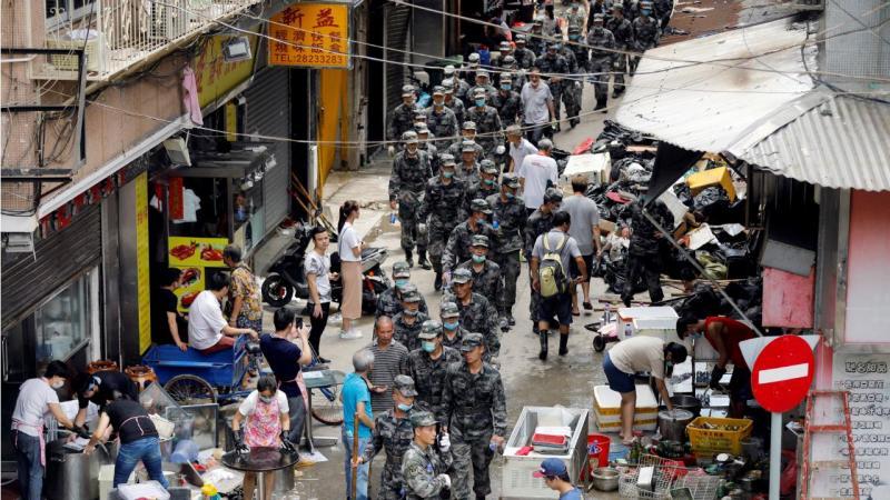 Macau após o tufão Hato