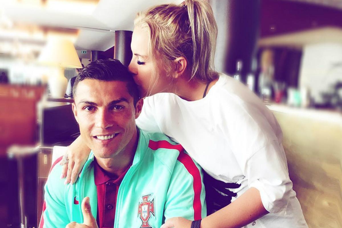 Katia Aveiro apoia Cristiano Ronaldo em dia de jogo!