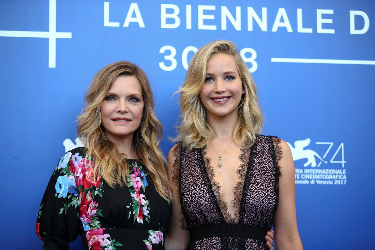 Jennifer Lawrence e Michelle Pfeiffer: duas gerações que deslumbram em Veneza