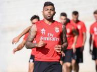 Gabigol a treinar em pleno no Benfica (foto SLB)