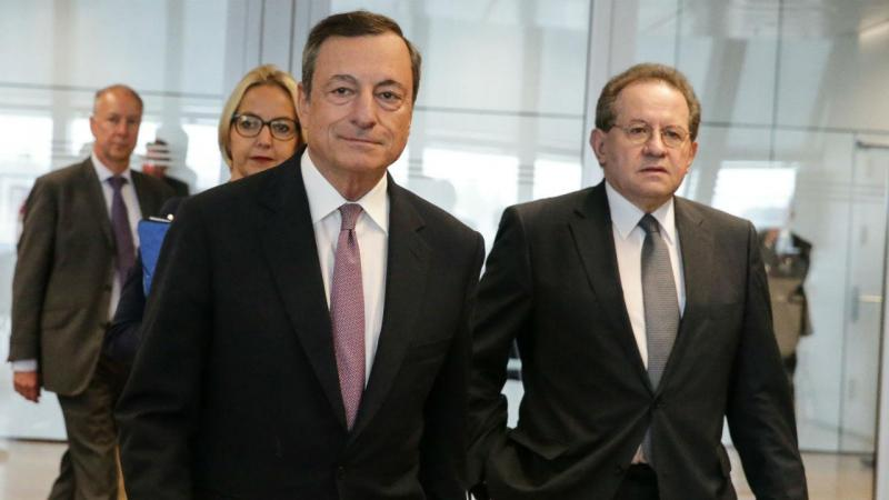 BCE decide reduzir QE pela metade de janeiro até