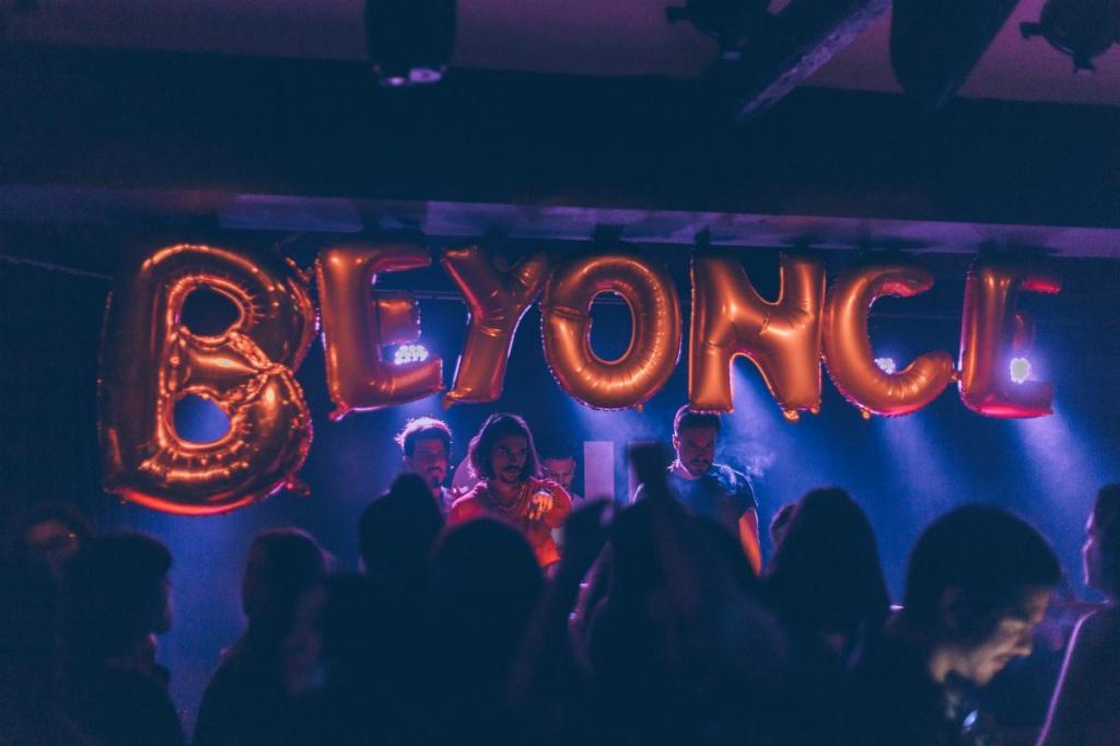 Beyoncé Fest regressa para mais uma edição no Maus Hábitos e no Titanic Sur