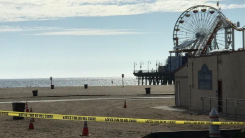 Cais de Santa Monica evacuado