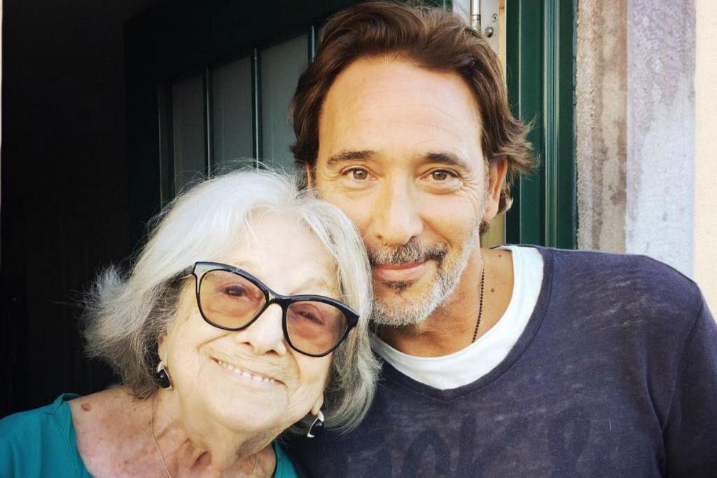 Eunice Muñoz com Diogo Infante