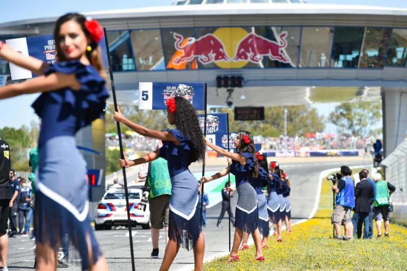 MotoGP grid girls