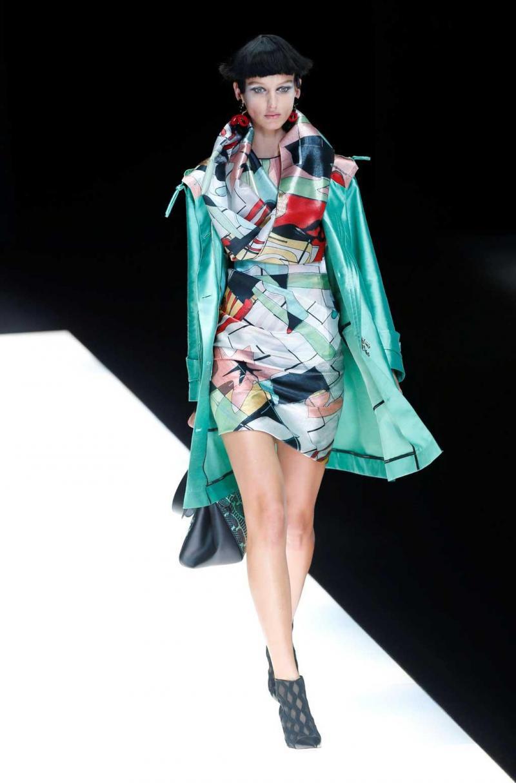 d616d2a795d36 24 26 - Giorgio Armani - Coleção prim verão 2018 - Semana da Moda de Milão  Foto  Reuters