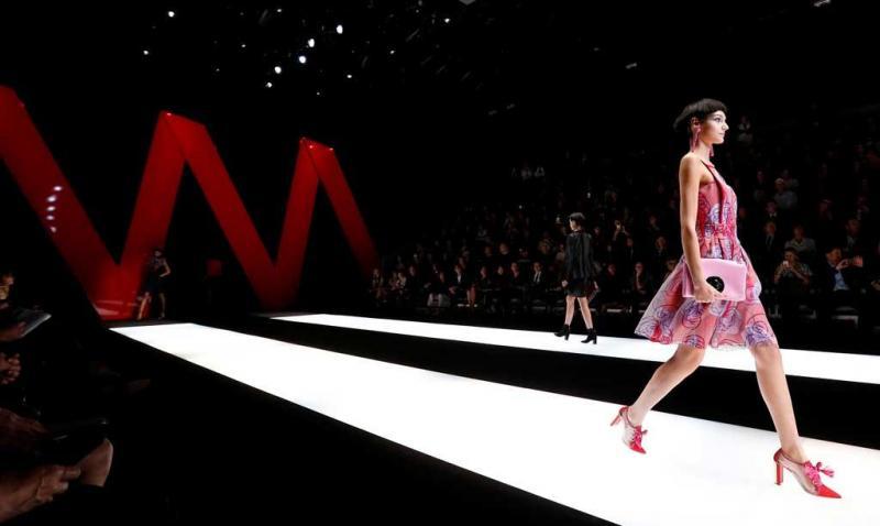 98e056f39f1f4 10 26 - Giorgio Armani - Coleção prim verão 2018 - Semana da Moda de Milão  Foto  Reuters