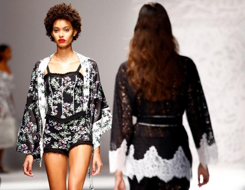 b971439924870 41 78 - Desfile Blumarine - Coleção prim verão 2018 - Semana da Moda de  Milão 23.09.17 Foto  Reuters