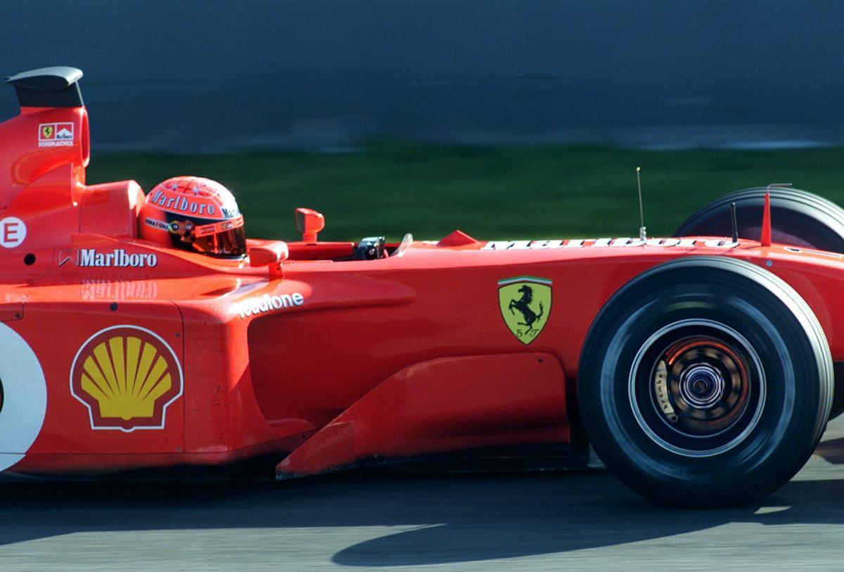 Ferrari F2001 conduzido por Michael Schumacher pode render mais de 3,3