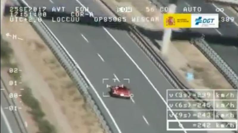 Condutor apanhado a conduzir a 242 km/h em Espanha