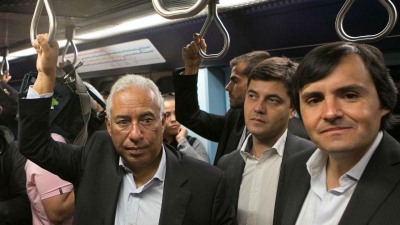 Hugo Martins numa ação de campanha com António Costa