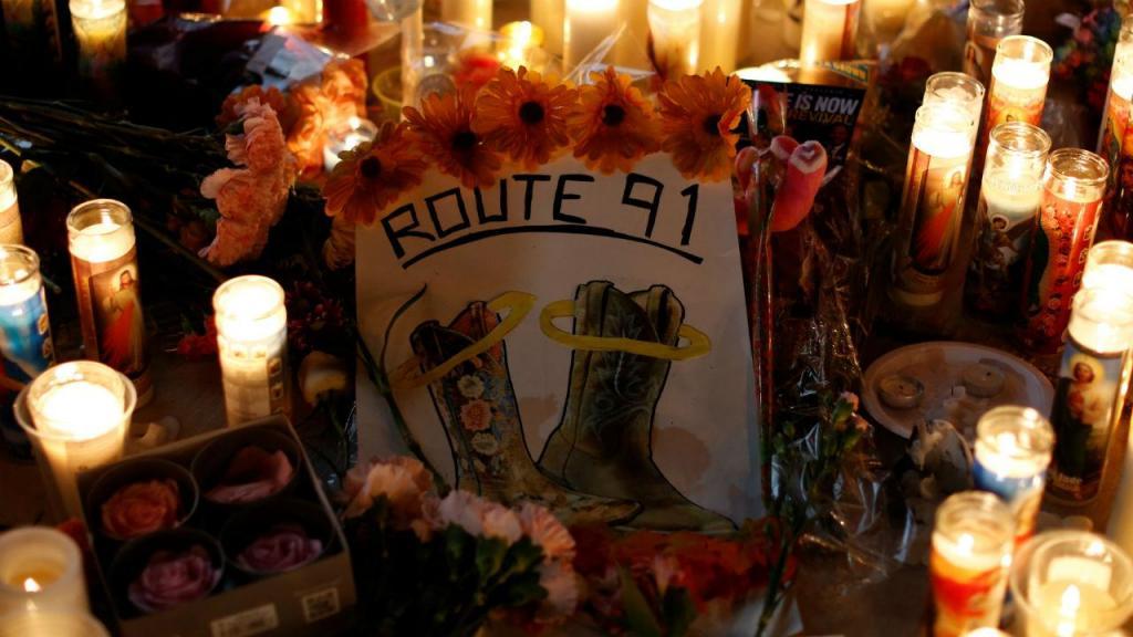 Vigília em homenagem às vítimas do tiroteio em Las Vegas