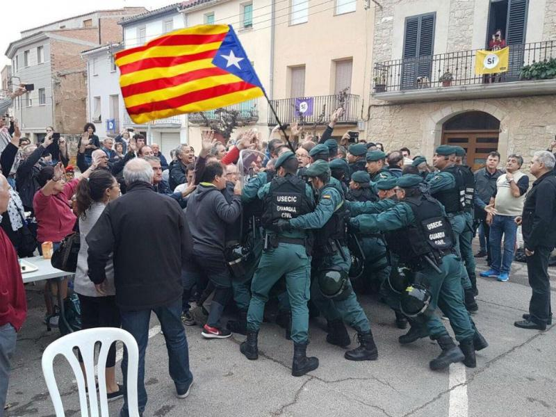 Imagem manipulada da violência policial na Catalunha