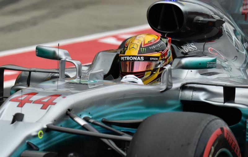 Lewis Hamilton conquista 11.ª 'pole' no Mundial de Fórmula 1