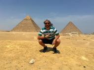 Pedro Guerra nas Pirâmides do Egito