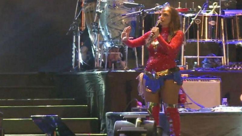 Camarote cai durante concerto de Ivete Sangalo no Brasil