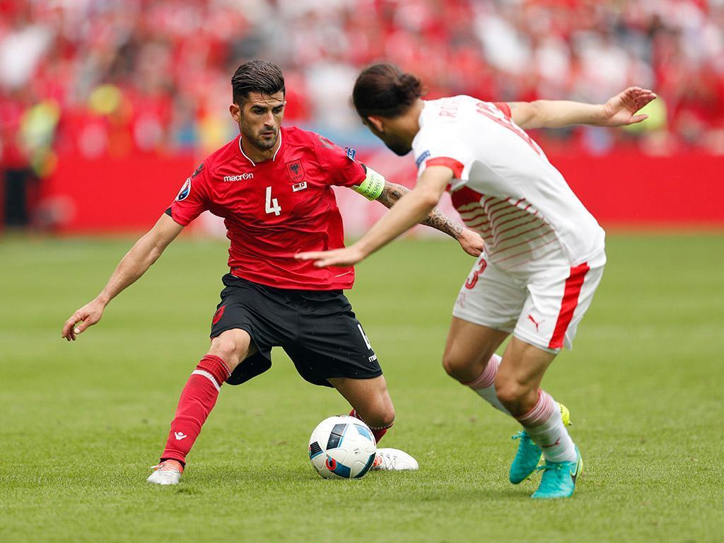 Hysaj - Albânia (Reuters)