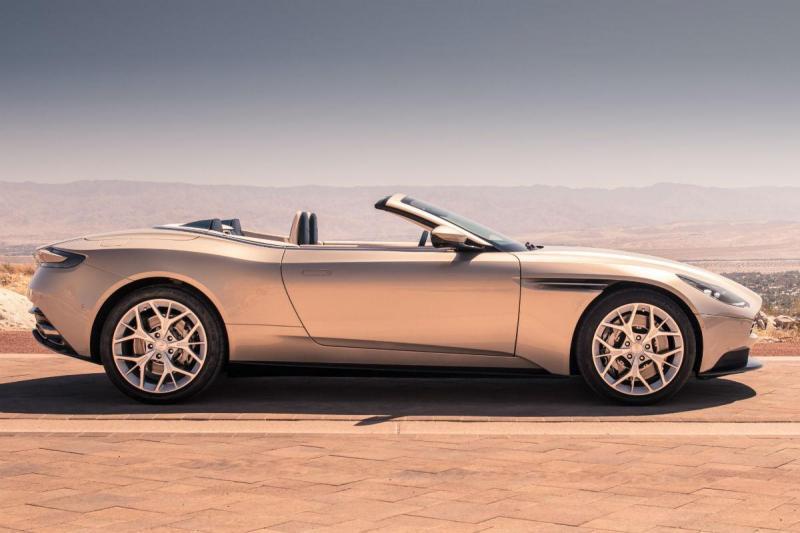 Novo Aston Martin DB11 Volante