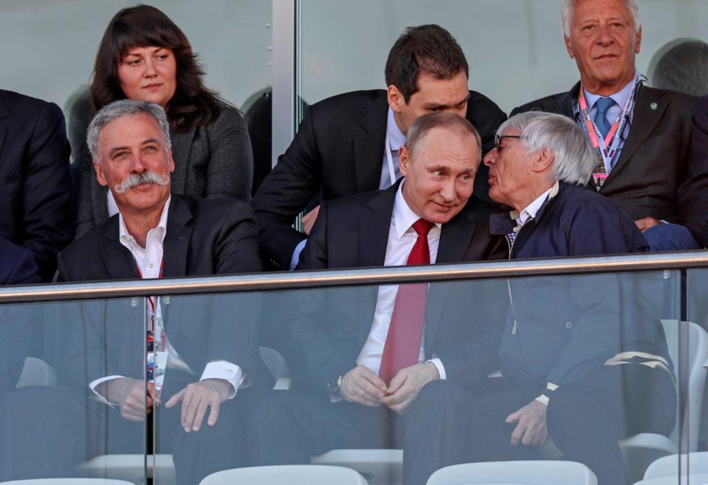 Chase Carey, Vladimir Putin e Bernie Ecclestone