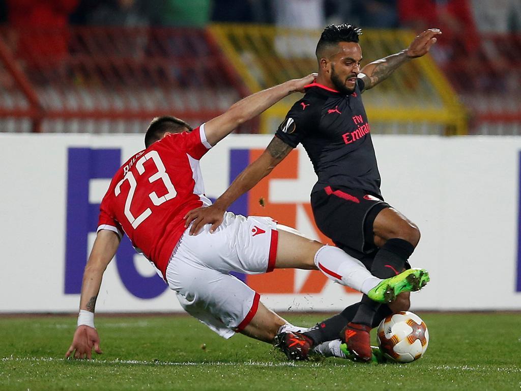 Estrela Vermelha-Arsenal (Reuters)
