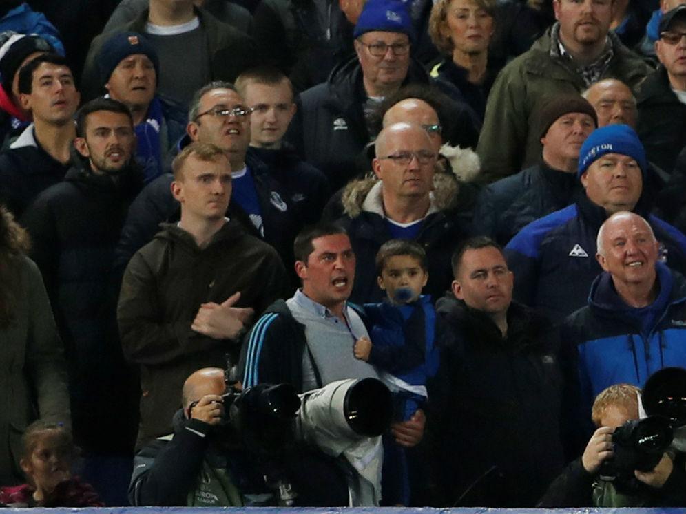 Adepto banido do Everton ( Reuters )
