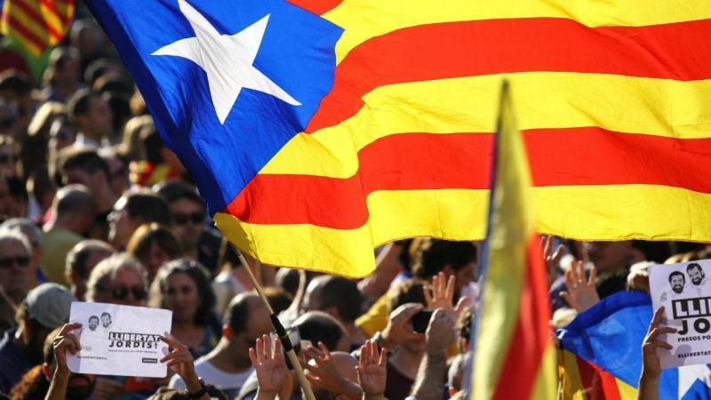 Manifestação pró-independentista na Catalunha