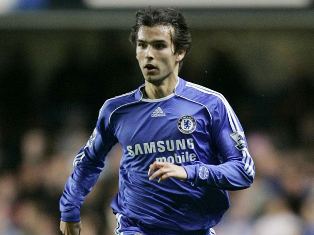 Nuno Morais: de Penafiel ao Chelsea, 100 jogos na Europa e muitas histórias    MAISFUTEBOL